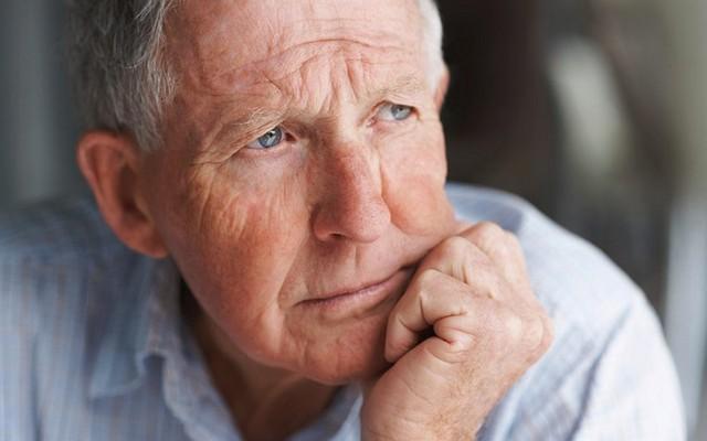 Как убедить пожилого человека переехать в дом престарелых?