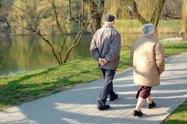 Ещё раз о пользе прогулок в пожилом возрасте