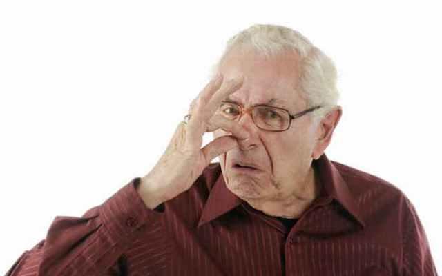 Вся правда о «старческом запахе» от тела: причины и способы избавления