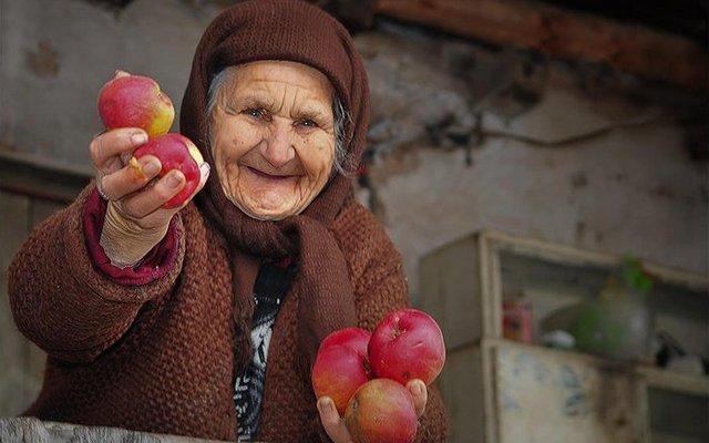 Как определить, что пожилому родственнику нужна помощь?
