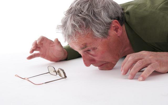 5 вещей, которые нужно проверить после падения пожилого человека