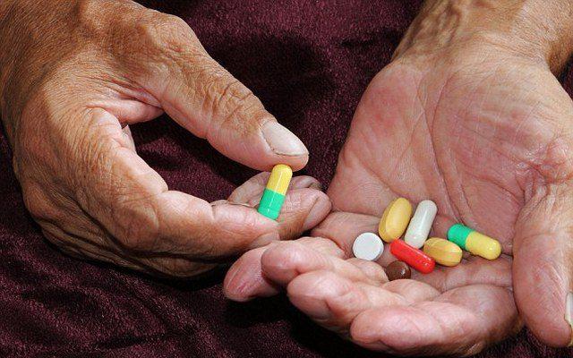 Виды лекарств, повышающих риск падения