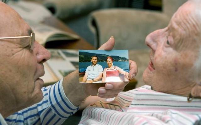Болезнь Альцгеймера на поздней стадии: чего ожидать