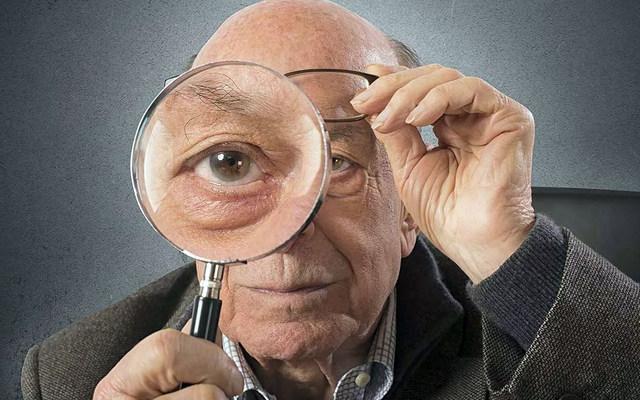 Как ухаживать за пожилым человеком, потерявшим зрение