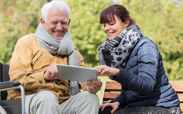 Как правильно общаться с пожилыми родителями и не конфликтовать
